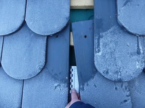 Gutachten am Bau in Köln - Sachverständiger für Dacheindeckungen, Steildächer und Dachziegel